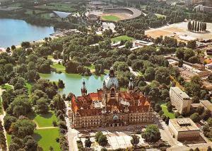 Hannover Neues Rathaus mit Sportzentrum Town hall Aerial view