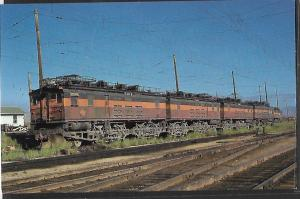 TRAINS, CHICAGO MILWAUKEE, ST PAUL & PACIFIC RR MILWAUKEE ROAD
