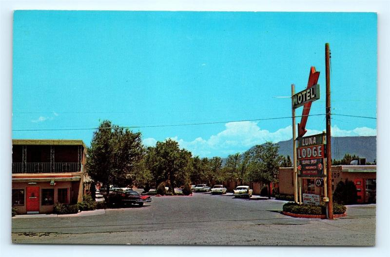 Postcard NM Albuquerque Luna Lodge Motel Route 66 c1960s Old Cars D25