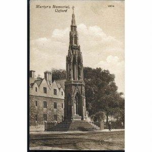 Valentine's Series Postcard 'Martyr's Memorial, Oxford'