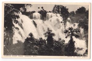 Roaring River Falls, Jamaica