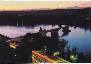 France Avignon Vue nocturne Pont St Benezet