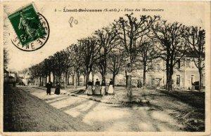 CPA LIMEIL-BRÉVANNES Place des Marronniers (869507)