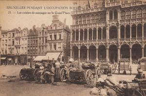 BRUXELLES , Belgium , 1910s; Les cuisine de capagne sur la Grand'Place