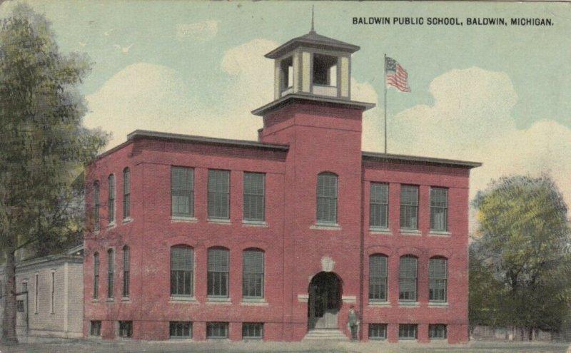 BALDWIN , Michigan, 1900-10s ; Baldwin Public School