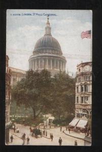058819 UK London St.Paul's Cathedral US flag Vintage