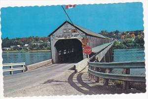 Longest Covered Bridge in the World, Saint John River, HARTLAND, New Brunswic...