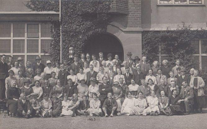 Ambleside Old Group Photo at Clacton On Sea in 1923 Antique Postcard