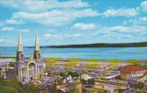 Canada Quebec Ste-Anne-de-Beaupre Basilique et le Cyclorama de Jerusalem