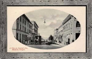 LPS64 Medford Oregon Central Ave. Town View Postcard