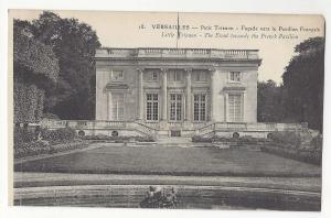 France Versailles Petit Trianon Front towards French Pavilion Vintage Postcard