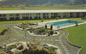 Davy Crockett Motel Ltd., Swimming Pool, Kamloops, British Columbia, Canada, ...