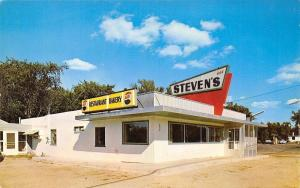 Houghton Lake Michigan~Steven's Restaurant Bakery~Roadside Diner~Pepsi Cap Sign