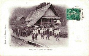 Indochine Haut Laos Défilé des autorites 03.75
