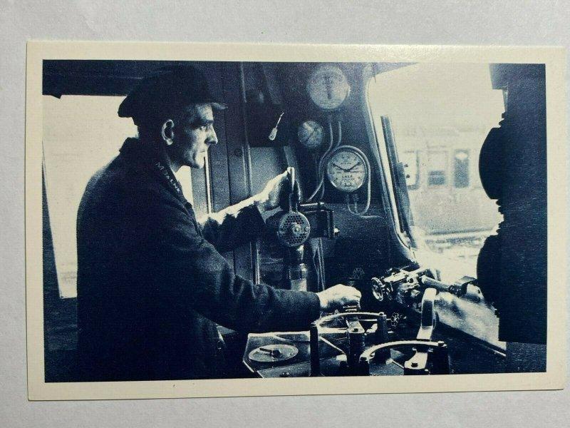 NOSTALGIA REPRODUCTION POSTCARD - ENGINE DRIVER 1940  (KK1583)
