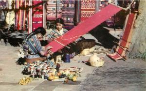 Postcard Native Guatemala Market Vendors Blanket Weavers Indigenous Tejiendo