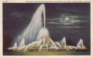 CHICAGO, Illinois, 1944 ; Clarence Buckingham Memorial Fountain, by Night