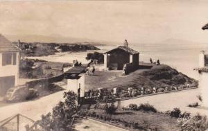 RP, La Chapelle Des Marins Et La Plage Au Fond, Les 3 Couronnes Et Les Monts ...