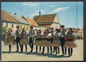 Czech Republic Postcard - Kyjov - Skupina Sohaju a Devcat Ve Svatecnich  T5102