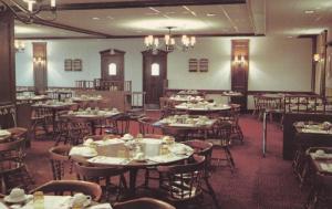 Interior, The Garden Restaurant, NIAGARA FALLS, Ontario, Canada, PU-1971