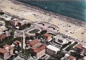 RIMINI , Italy , 30-50s ; Piazzale Tripoli e spiagga visini dall'aereo