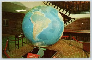 Oxford Ohio~Miami University~Daniel Wilkenson Iddings Giant Globe~1950s