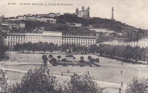 France Lyon La Place Bellecour et Coteau de Fourviere