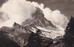 RP; Zermatt: Das Matterhorn, Valais, Switzerland, 00-10s