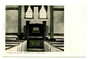 RI - Wickford. Old Church, Interior