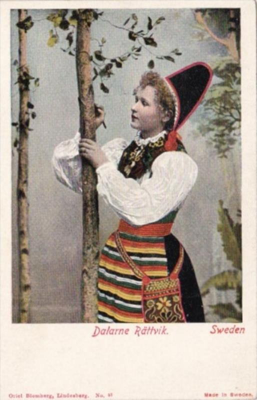 Sweden Dalarne Rattvik Young Girl In Traditional Costume
