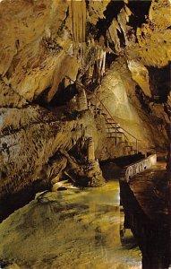 Martha's Pool, Mammoth Onyx Cave Horse Cave, Kentucky, USA Unused