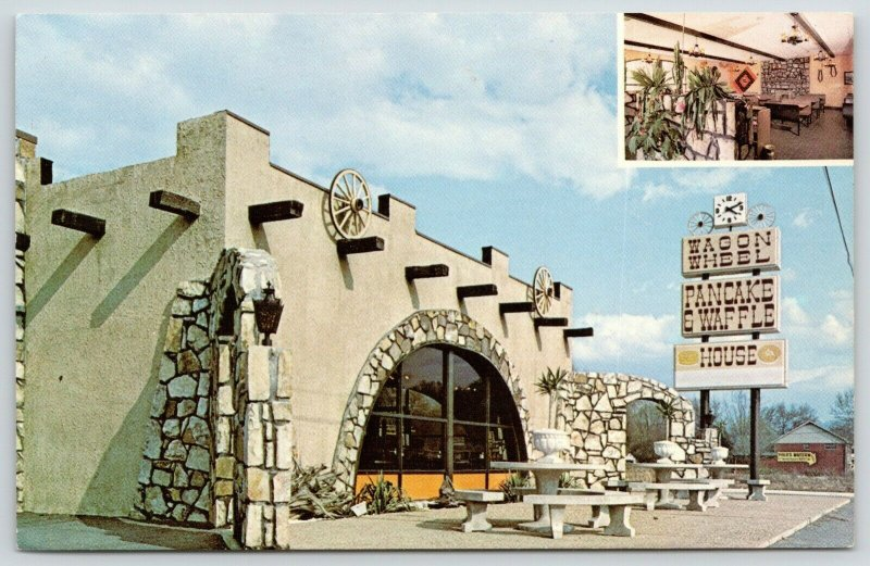 Pigeon Forge TN~Wagon Wheel Pancake & Waffle House~4:10 on Face Clock~1970s PC