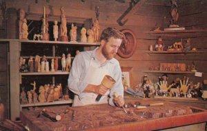 BRANSON , Missouri , 1950-60s ; Wood Carver