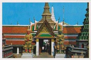 Thailand Bangkok Great Giant in Emerald Budda Temple