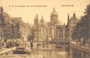 B107968 Netherlands O. Z. Voorburgwal met St. Nicolaas Kerk Church real photo uk