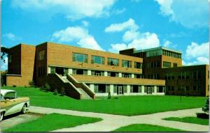 Houghton MI~Michigan College of Mining & Technology~Student Union~1958 Postcard