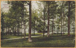 Milwaukee, WIS., Humbolt Park with shelter in the background - 1909