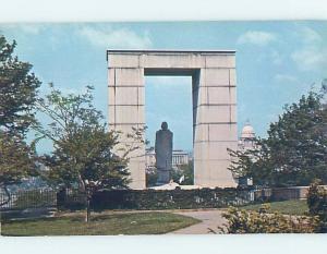 Pre-1980 MONUMENT SCENE Providence Rhode Island RI F2562