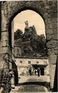 CPA Le Puy-en Velay Porte Saint-Georges et statue de N.-D. de France (167834)