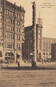 SEATTLE, Washington, 1900-10s ; Totem Pole and Pioneer Square