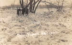 C95/ Cedar Rapids Nebraska Ne Real Photo RPPC Postcard 1912 Winter Storm People