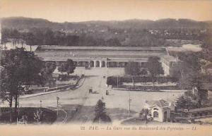 Pau (Pyrénées-Atlantiques), France, 1900-1910s: La Gare vue du Boulevard de...