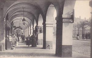 PARIS, France, 1900-1910´s; Les Arcades De La Rue Des Vosges