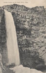 SNAKE RIVER , Idaho, 1910 ; Perrine Goulee