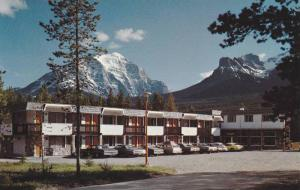 Mountaineer Motel , Lake Louise , Alberta , Canada,  50-60s