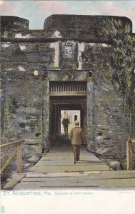 TUCK #2438; ST. AUGUSTINE, Florida, 1900-10s; Entrance to Fort Marion