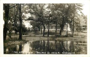 Prairie Du Chien St. Feriole Island~Wisconsin~The Villa Louis~Pond~1940s RPPC