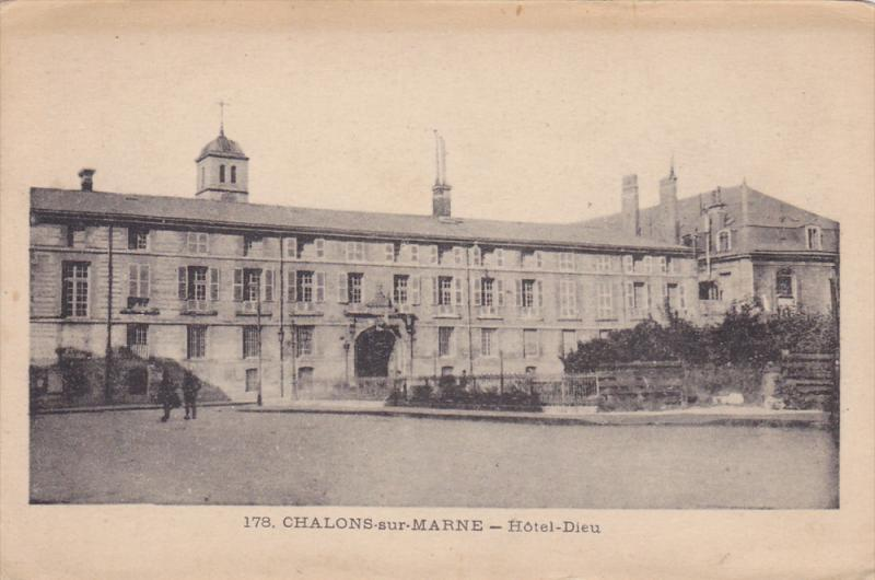 Hotel-Dieu, Chalons-Sur-Marne (Marne), France, 1900-1910s