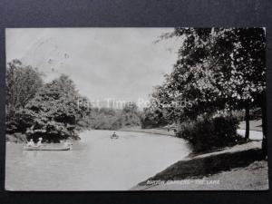 Derbyshire: Buxton Gardens, The Lake c1907 - Old Postcard by T.T.& S.