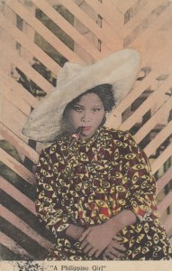 PHILIPPINES , 00-10s ; A Philippino Girl